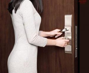 Συνδυασμός-Κλειδαριά-Ασφαλείας-με-Smart-Lock-Κλειδαριά